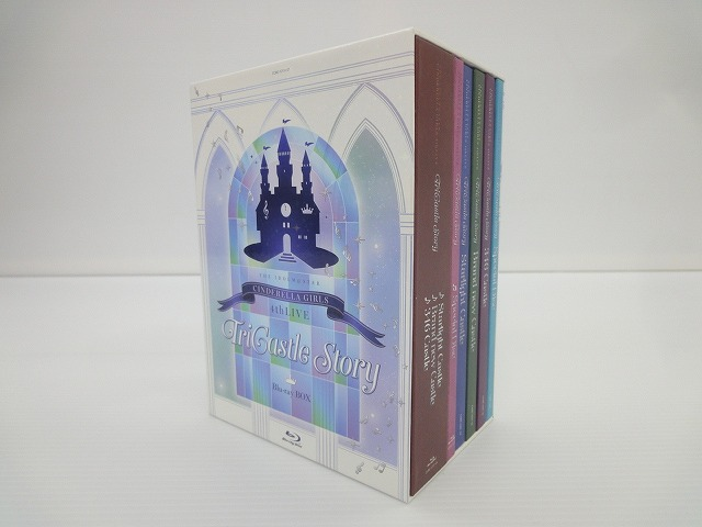 THE IDOLM@STER CINDERELLA GIRLS 4thLIVE TriCastle Story [Blu-ray] 通常中古品 ybmd002970